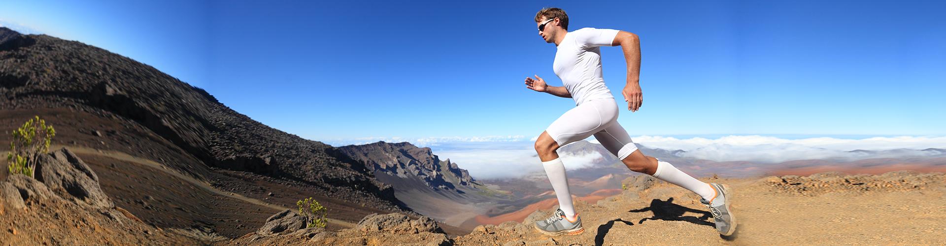 runner_mountains_wide